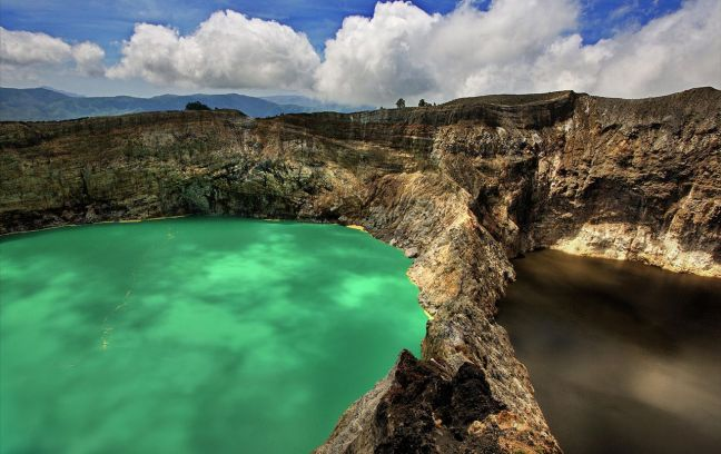 Kelimutu-Crater-Lakes-In-Flores-Island-Indonesia