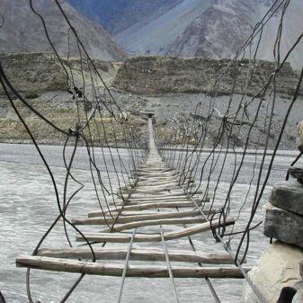 Hussaini Hanging Bridge3