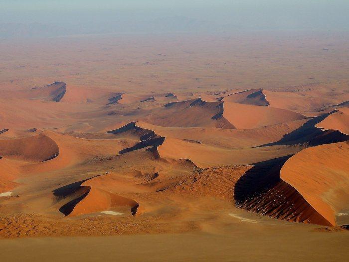 Desert-Namib-Namibia-Africa-dels_1637246269_33496825_1500x1126
